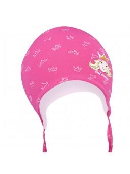 Rožinė trikotažinė kepurė
