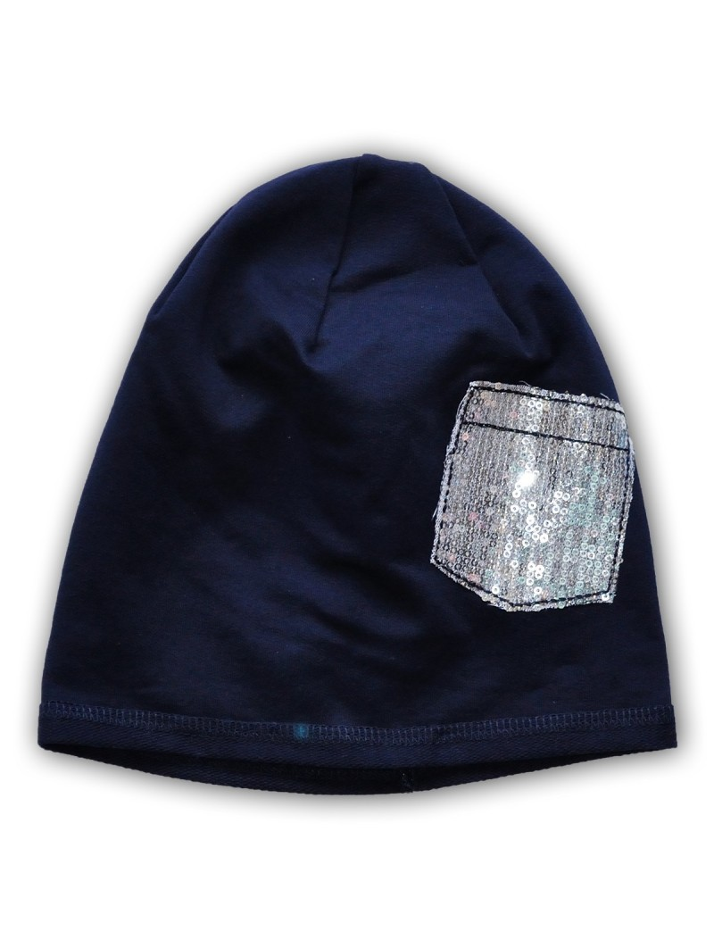 Tamsiai mėlyna kepurė KIŠENĖ